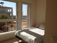 huge 4 rooms hilidays apartment in the island herzliya