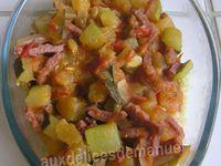 Gratin de courgettes et tomates, bacon et semoule
