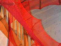 Festival Passion d'Avril &quot&#x3B;La poubelle enchantée&quot&#x3B; Le tissu rouge