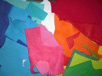 les chutes de tissu peuvent servir à confectionner de petites boules
