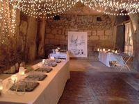 Buffet gourmand dans les caves de la Commanderie Saint Jean d'Artins