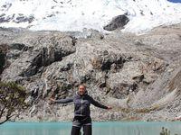 Lagunes et glacier dans la cordière blanche