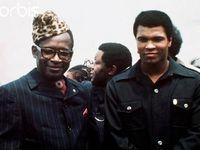 1. Mohamed Ali et le président Mobutu à Kinshasa, 2. Le K.O. au 8ème round . Ali déjà souffrant