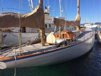 Jean Luc et sa merveilleuse femme , Hermitage , Denis Borg yard in Marseille France , les Barquettes !