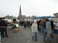 Sur le marché de Montoire, au printemps