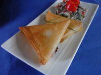 Sardines fraiches en tartare et samosa de Monique