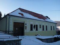La colline de Bradlo &#x3B; la maison natale de Štefánik à  Košariská