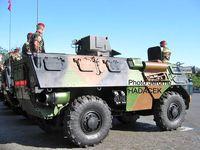 VAB OBS ou VOA : Véhicule d'Observation d'Artillerie