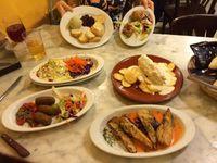 L'ensemble des plats: Taberna Coloniales
