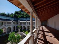 (c) do mal o menos  / Silence cloister in the Lorvão Monastery, Portugal.
