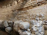 Evreux, Musée d'art, archéologie, Mur gallo-romain d'enceinte reconstitué, Cl. Elisabeth Poulain