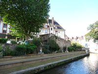 Evreux, promenade au bord de l'Iton, près du mur d'enceinte, Clx3 Elisabeth Poulain
