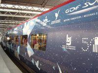 Bruxelles-Gare-du-Midi-TGV-Magritte-Mouettes-Vent-Drapeaux-plein-centre-Cl. Elisabeth Poulain