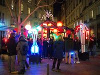 """Kiosk Night Fever"" place du Griffon Lyon 1"