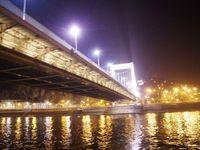 Les ponts de Budapest, le soir du réveillon du 31 décembre 2016