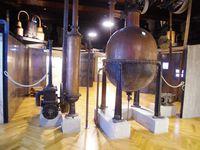 Le musée du parfum, au centre notre guide Valentina