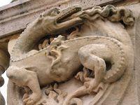 Les différents symboles scultptés dans la pierre