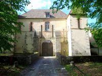 Le château des Menuls, vu sous différents angles