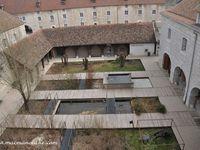 La Citadelle abrite derrière ses murailles le Muséum de Besançon et ses espaces animaliers.