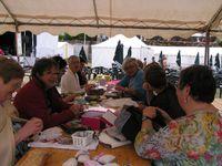 Catherine (Place ô Patch) a eu la merveilleuse idée de nous inviter à une journée patch....non non, pas au bord de la mer, mais à la plage quand même, celle que la commune de Sully sur Loire a aménagée entre le château et la Loire. Nous avons passé une journée magnifique et très sympathique.