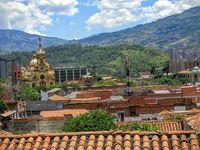 Medellín, étonnante, déconcertante, déstabilisante, passionnante. 22/ 23/ 26/ 27 juillet 2016.