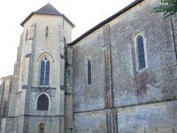 L'église Saint-Sauveur et le prieuré