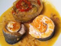 Médaillons de bar, sauce safranée et tian de légumes Dukan