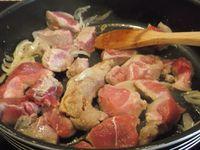 carne de porco em vinho tinto