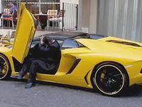 En jaune
