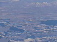 Depuis l'avion : des montagnes, des geysers, des coulées de laves, de la neige. Ouaip c'est bon, on a à peu près tout là !