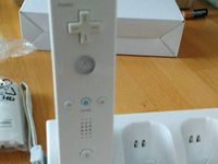 STATION CHARGEUR Pour Nintendo Wii