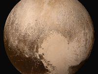 Pluton c'était quoi comme planète ?