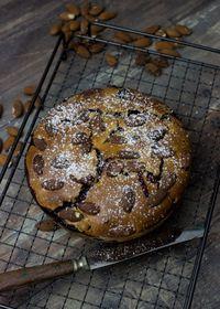 Gâteau aux myrtilles et aux amandes sans lactose
