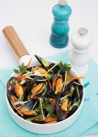 Moules de bouchot aux légumes et aromates