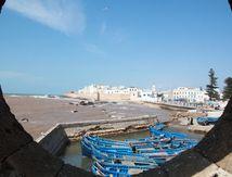 Voyage#18 Essaouira le port aux oiseaux et bateaux bleus