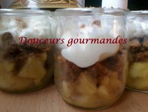 Trifles pommes/spéculoos/chantilly