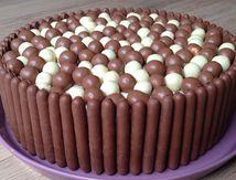 Gâteau damier N&B