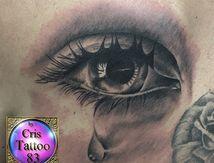 tatouage oeil réaliste