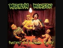 "Il y a 23 ans MARILYN MANSON sortait ""Portrait of an American Family"""