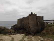Le vieux château de l'île d'Yeu