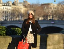 Laura sur l'île Saint-Louis à Paris