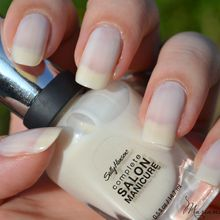 Polar Bare (n°120) - Sally Hansen