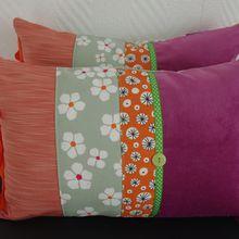 Coussins Bohèmes oranges, roses et vert