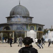 Contested Holy Site in Jerusalem Reopens for Muslim Worship