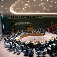'Profoundly concerned' over violence in Libya, Security Council warns of possible sanctions