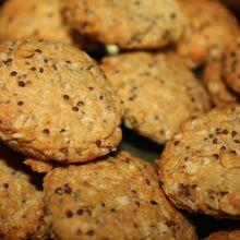 Deux recettes de biscuits pour l'apéro : des crackers et des cookies