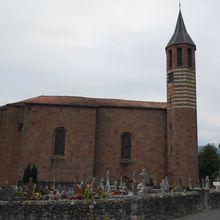 Eglise Saint Julien , Ossès ( Pyrénées-Atlantiques 64 ) A