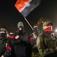 UKRAINE : ASHTON DEMANDE LA DISSOLUTION DE PRAVYI SEKTOR