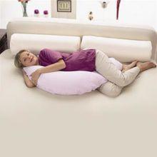 Une astuce pour mieux dormir : réhabilitons le traversin de nos grands-parents !