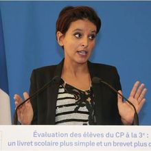 Najat Vallaud-Belkacem, ministre de la Communication nationale